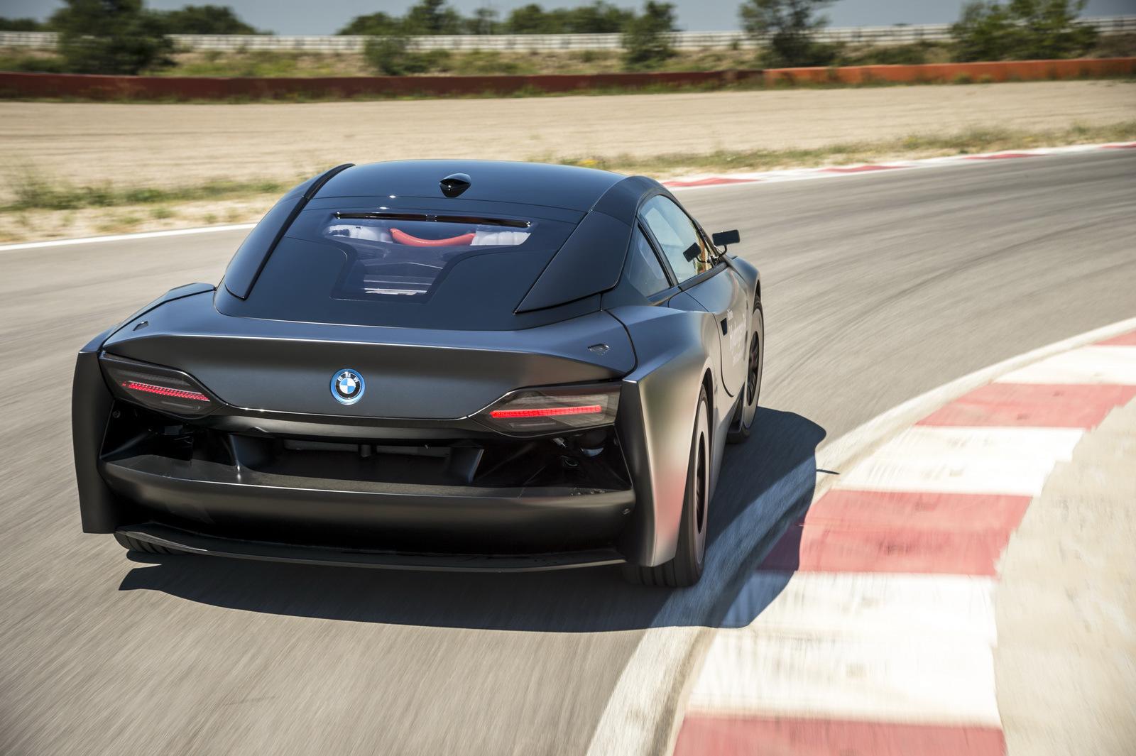 В2030 году нарынок выходит первый BMW наводороде