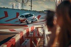 ������-����� �� ������������ ��������: ��������� ����������� ��������� Toyota Camry ����� 10 ���� �������������� ����-������