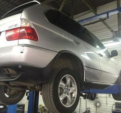 ������� � BMW