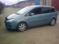 ������ � Ford C-MAX