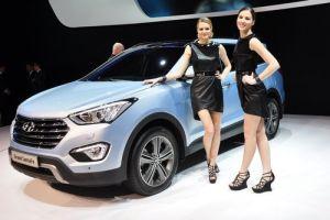 Hyundai Grand Santa Fe: ставка на размер
