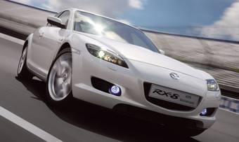 На каждой из проданных в Великобритании юбилейной Mazda RX-8 будет размещен специальный логотип «40th Anniversary Rotary Engine» с индивидуальным номером автомобиля (от 001 до 400).