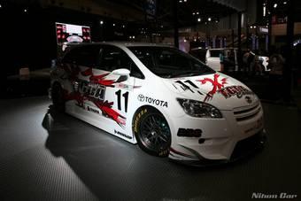 Мастерская TRD подготовила трековую версию минивенаToyota Mark X Zio для участия в гонках GT300.