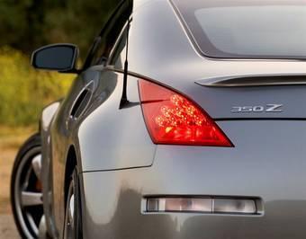 Не исключена вероятность, что Nissan 350Z будет представлен в Париже с 3,7-литровым двигателем и новым наименованием Nissan 370Z.