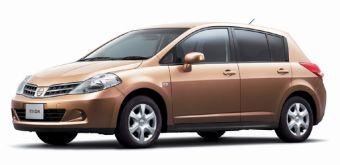 Nissan Tiida вышла в Японии в обновленном кузове.