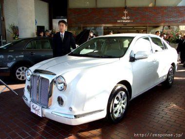 Mitsuoka представила новый автомобиль Mitsuoka Galue204
