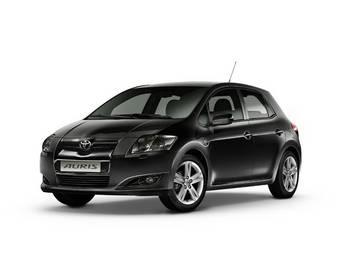 Toyota Auris стал дороже на 6 500 рублей.