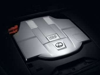 В восточноевропейском регионе в 2007 году 38% покупателей автомобилей марки Lexus предпочли модели с гибридной силовой установкой.