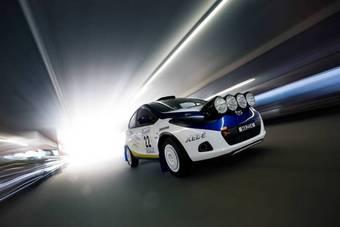 Австралийское отделение компании Mazda представило недоделанную раллийную версию автомобиля Mazda2.