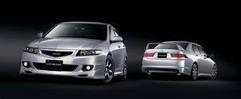 Ограниченная серия Honda Accord Mugen предлагается компанией «Хонда Мотор РУС» в сотрудничестве с компанией Mugen Motosports (V-TEC Co., Ltd).