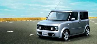 Компания Nissan в Японии проводит тестирование электромобилей с литий-ионными батареями. В качестве базы для тестовых машин используется модель Nissan Cube.