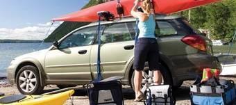 Производитель автомобильных аксессуаров для путешествий и перевозки спортивного инвентаря назвал лучшие машины для путешествий.