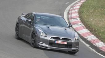 Дебют Nissan GT-R Spec V ожидается в октябре 2008 года.