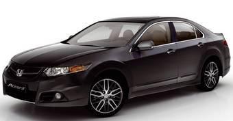Honda Accord в спортивной комплектации Type-S с автоматической коробкой передач обойдется российскому покупателю в 965 тысяч рублей.