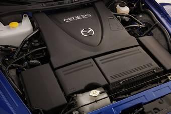 В США гарантия на роторный двигатель Mazda RX-8 продлена до 8 лет или 160 000 км пробега.