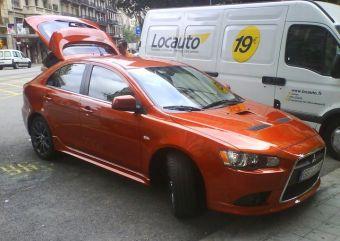 Mitsubishi Lancer Sportback Ralliart с немецкими номерами был запечатлен жителем Барселоны (Испания). Судя по всему, европейские журналисты сейчас проводят неплохой тест-драйв этой модели.