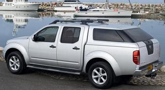 Nissan Navara Aventura X-Back. Название комплектации автомобиля неспроста схоже со словом «hunchback», что в переводе означает «горбун».