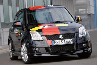 Компания Suzuki продолжает продавать немцам обычные с технической точки зрения модификации своих автомобилей под видом раллийных болидов.