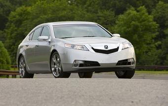 Опубликована официальная информация о седанах премиум-класса Acura TL четвертого поколения, реализующихся на рынке США.