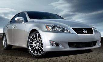 Компания Toyota готовит премьеру Lexus IS 2009 модельного года.