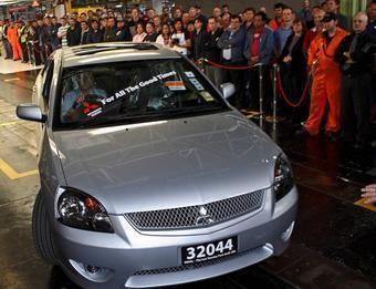 Последний Mitsubishi 380 (Mitsubishi Galant) австралийской сборки был продан с аукциона почти за $100 000. Возможно, производство этой модели будет возобновлено в России.