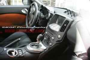Новая серия шпионских снимков демонстрирует интерьер спорт-кара Nissan 370Z (Fairlady Z)