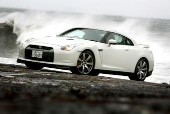 9 октября 2008 года Nissan опубликовал официальное заявление, в котором описывается процесс тестирования модели GT-R на Нюрбургринге.