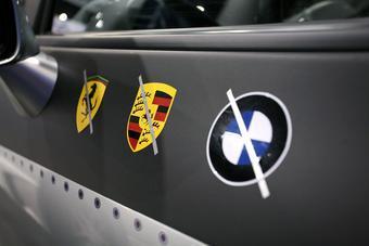 Множество моделей Nissan GT-R можно встретить на выставке SEMA 2008.