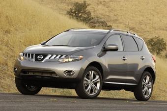 В Южной Корее стартовали продажи кроссовера Nissan Murano.