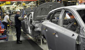 Сборка Toyota Avensis на английском заводе компании Toyota.