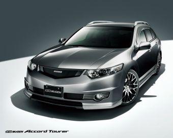 Mugen представил свою точку зрения на экстерьер и уровень оснащения нового поколения седанов и универсалов Honda Accord.
