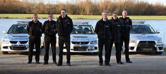 LanEvo VIII, LanEvo IX, LanEvo X и отдел дорожной полиции графства Саут-Йоркшир, Англия.
