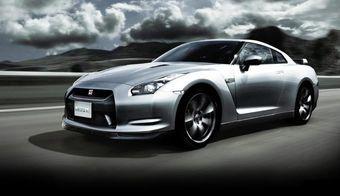 Американское тюнинг-ателье Hennessey Performance Engineering нашло способ увеличить мощность двигателя суперкара Nissan GT-R.