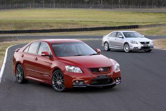 В Австралии прекращается выпуск спортивных модификаций седанов Aurion и пикапов Hilux.