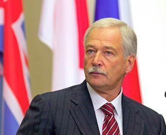 Спикер Государственной думы Борис Грызлов заявил в пятницу, что автомобили, ввезенные в Россию до 12 января, будут растаможены по старым пошлинам.