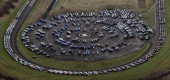 Nissan вынужден использовать для хранения новых машин свой тестовый трек.