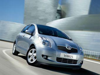 Компания Toyota отзывает более 1,35 млн компактов по всему миру из-за проблем с преднатяжителем ремней безопасности.