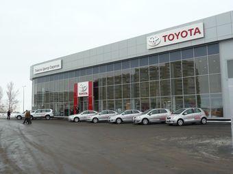 Эксперты составили рейтинг дилеров иностранных автомобильных компаний, продающих свои машины в России. Как оказалось, хуже всего клиентов обслуживают Toyota и KIA, а самые обходительные и расторопные менеджеры работают на Mazda и Nissan.