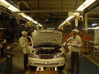 Nissan вновь доверил пакистанцам собирать модель Nissan Sunny.