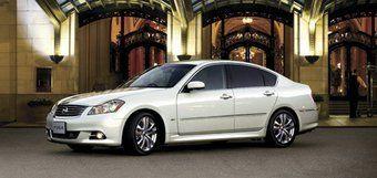 Nissan Fuga, автомобиль сегмента премиум, в следующем году будет представлен в модификации с гибридной силовой установкой.