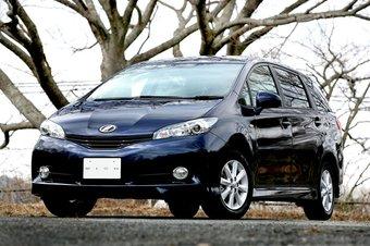 В Японии представлено второе поколение Toyota Wish.