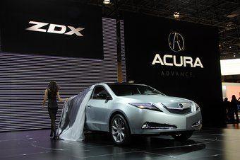 В Нью-Йорке прошла премьера новой модели Acura ZDX.