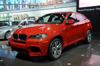 BMW X6 M. Мировая премьера на автосалоне в Нью-Йорке.