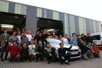 Тест-команда компании Nissan смогла установить новый рекорд прохождения Нюрбургринга на GT-R. В ближайшее время они попробуют сделать это снова.
