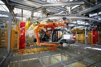 За четыре месяца на российских конвейерах собрали 183 тысячи автомобилей.