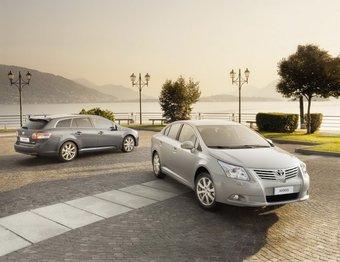В модельном ряду Avensis пополнение: теперь седаны предлагаются и с двигателями объемом 1,6 литра.