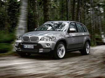 BMW неожиданно для самой себя стала лидером на американском рынке в сегменте автомобилей класса люкс. (На фото — BMW X5)