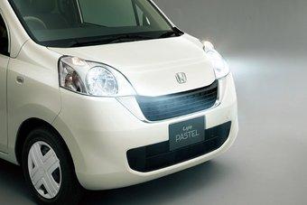 Honda Life в комплектации Pastel будет доступна японцам во второй декаде июня.