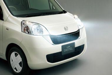 Honda Life стала женственней и ярче