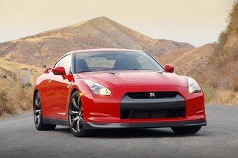 Nissan GT-R с осени будет официально поставляться в Россию.